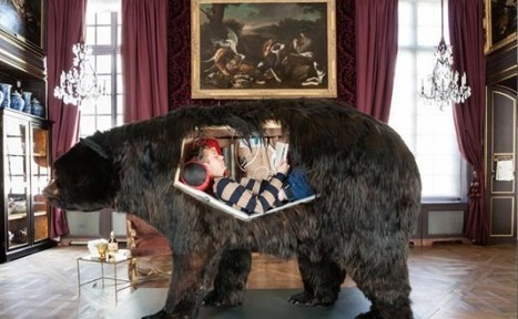 French Artist to Live inside Grizzly Bear Carcass for Thirteen Days | Strange days indeed... | Scoop.it