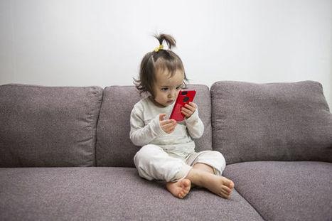 La dépendance aux écrans fait des ravages chez les enfants | Fresh from Edge Communication | Scoop.it