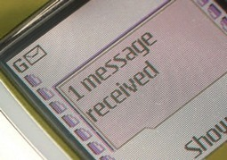 Un député veut brouiller les téléphones à l'école | Social education 2.0 | Scoop.it