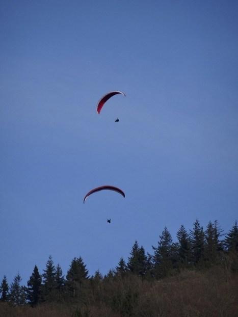 Les parapentistes - Regarder le ciel | Regarder le ciel | Scoop.it