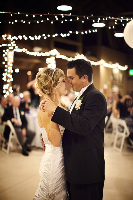 Wedding Venue Myths: Busted! - Huffington Post | Naturally Beautiful Weddings | Scoop.it