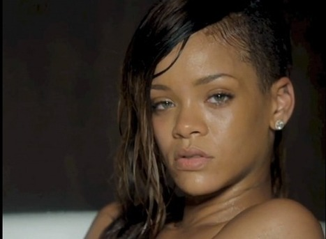 "VIDEO FAB: Rihanna Gets Vulnerable In The Bathtub For ""Stay"" 