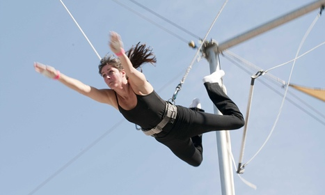 How trapeze classes can lift women out of depression | Mental Health News | Scoop.it