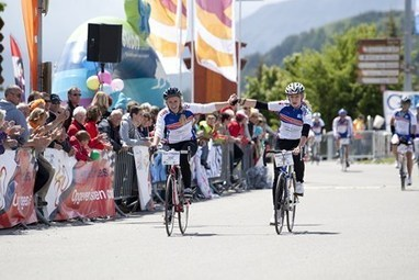 Alpe d'Huzes, un événement cyclo solidaire à l'Alpe d'Huez | made in isere - 7 en 38 | Scoop.it