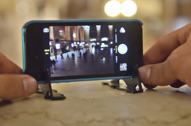 Pocket Tripod keeps your smartphone photos steady, fits neatly in a wallet | iPhoneography-Today | Scoop.it