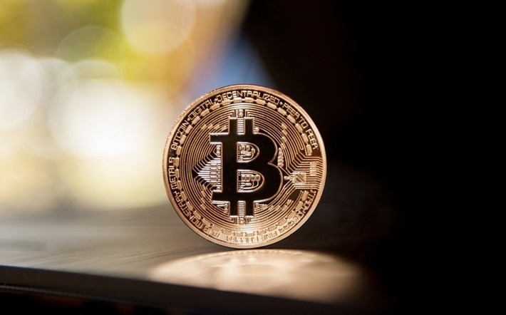 Bitcoin: Cryptocurrency from the Dark Web to the Mainstream | money money money | Scoop.it