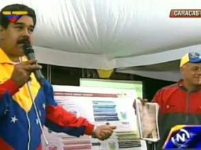 Maduro anuncia la aparición de la cara de Chávez en el metro de Caracas   Cuando el cine nos alcance   Scoop.it