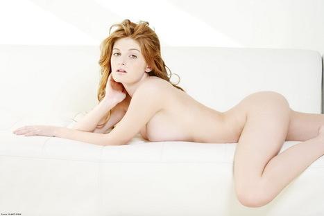 Mattinata con Faye Valentine nuda - Celebrita - Solo X Adulti | Ragazze sexy Italiane | Scoop.it