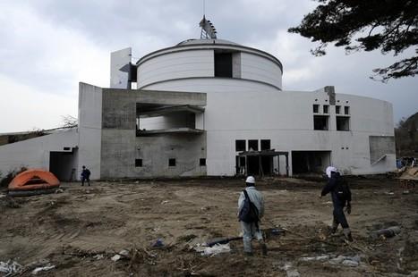 [Photo] Bénévole au Musée de la Science de l'Océan et de la Baleine à Yamada | Daylife [eng] | Japon : séisme, tsunami & conséquences | Scoop.it