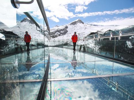 Stunning Views, Sweaty Palms on Canada's new Glacier Skywalk | Interrete | Canadian Tourism | Scoop.it