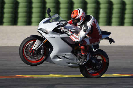 First Ride: 2016 Ducati 959 Panigale | Ductalk Ducati News | Scoop.it