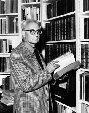 Claude Lévi-Strauss reads. | book imagery | Scoop.it