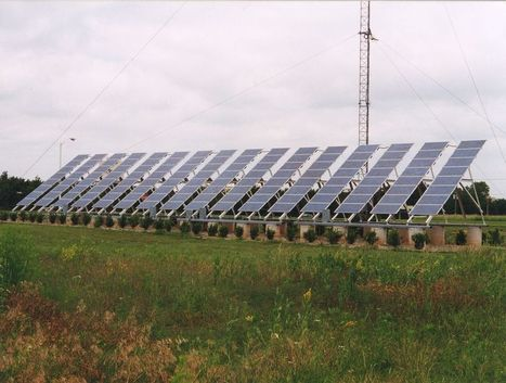 Solar power is growing so fast that older energy companies are trying to stop it | Business Agility | Scoop.it