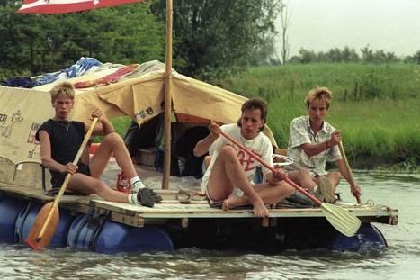 Vaders herhalen tocht met vlot over Linge met kinderen - De Gelderlander   Betrokken vaderschap   Scoop.it