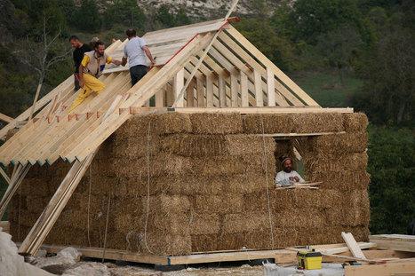 7 motivi per costruire una casa di paglia e poi andarci a vivere | BIOEDILIZIA | Scoop.it