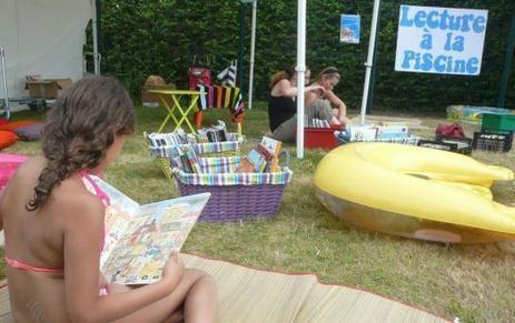 Bonneuil : dernière lecture rafraîchissante à la piscine - Le Parisien | Trucs de bibliothécaires | Scoop.it