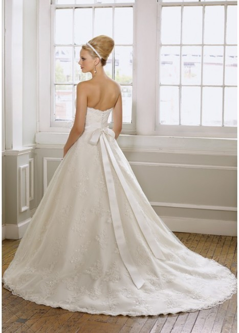 Fashion Sweetheart Tulle A-Line Bridal Wedding Dress | Fashion Dresses | Scoop.it