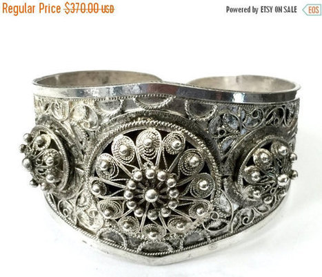Antique French Sterling Silver Bracelet, Cannetille WireWork, Etruscan Influence, Raised Medallions, Victorian, Late 1800s Early 1900s | Vintage Jewelry and Other Vintage Treasures | Scoop.it