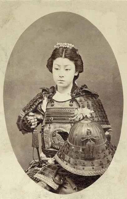 鎧と女性 : 写真で見る昔の日本 / Photos of Last female Samurai | JAPAN, as I see it | Scoop.it