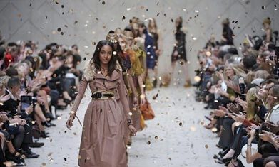 How Burberry's digital strategy is boosting brand value | social media, public policy, digital strategy | Scoop.it