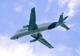 Le super transporteur en terre columérine | A300-600ST, outil économique essentiel dans  le développement mondial d'Airbus | Scoop.it