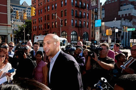 We (Now) Recognize Cory Booker, the Tweeting Senator From NJ | WIRED | Cultura RAM | Scoop.it