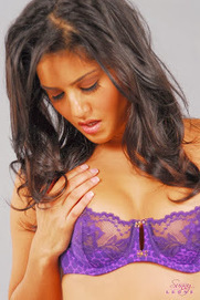 Sunny Leone Hot In Purple Lingerie - Hot Aunty | HOT Aunty Photo | Scoop.it