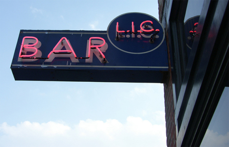 L.I.C. Bar Offers Music, Beer and Pups. Do We Need to Say More?   News For public   Scoop.it
