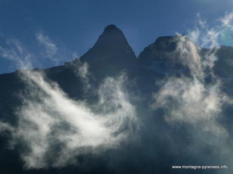 La ronde des nuages sur le Ramoun | Vallée d'Aure - Pyrénées | Scoop.it