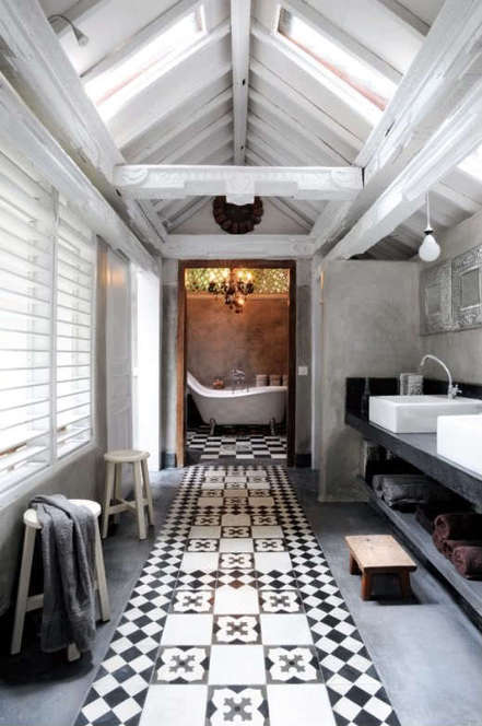 Monday Moment #7: The Long Tiled Bathroom of Yore - The Boundary Bathrooms Blog   Bathrooms   Scoop.it