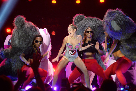 Critics Roundup: What Everyone Said About Miley Cyrus's VMA Performance | Miley Controversy | Scoop.it