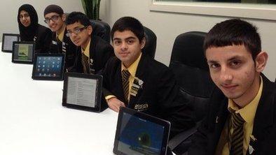 Colegio británico deja el papel y el lápiz y se pasa por completo al iPad - alsalirdelcole | Noticias - ASDC | Scoop.it