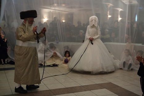 A Fascinating Glimpse at the Rituals of Strictly Orthodox Jews Living in Israel - Feature Shoot | enjoy yourself | Scoop.it