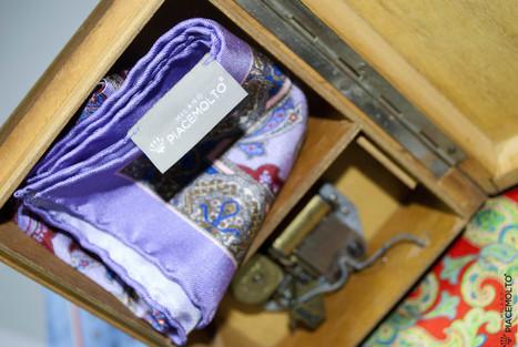 Piacemolto® pocket squares made of pure Italian silk 14 Momi, hemmed by hand. | Camicie uomo su misura....consigli, curiosità e molto altro | Scoop.it