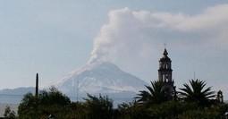 Mexique : L'activité du volcan Popocatépetl accroît la vigilance des autorités | Géographie : les dernières nouvelles de la toile. | Scoop.it