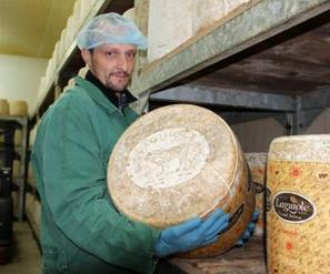 Le laguiole, un fromage  au bon goût de l'Aubrac | The Voice of Cheese | Scoop.it