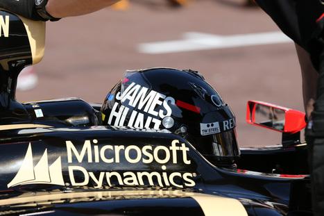 Kimi Raikkonen's James Hunt helmet...   mjmobbs Formula 1   Scoop.it