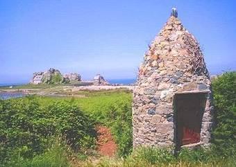 Castel Meur, la petite maison entre les rochers | Trégor-Côte d'Ajoncs | Scoop.it
