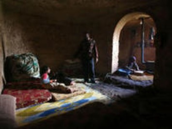Syrians find shelter in ancient ruins | Cultural History | Scoop.it