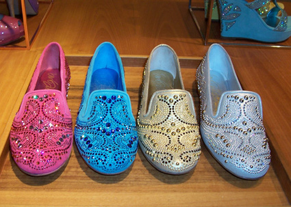 Le Silla Shoes: It's time of… Slippers! | www.fitflopfrousandalsuk.co.uk | Scoop.it