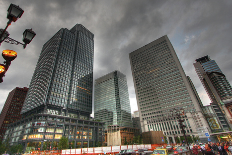 Tokyo's innovative solution to keep old skyscrapers from toppling during earthquakes   SmartPlanet.com   Japon   Scoop.it