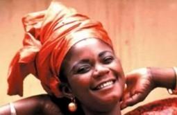 Nahawa Doumbia : L'inusable voix d'or de la musique malienne   Mali Web   Kiosque du monde : Afrique   Scoop.it