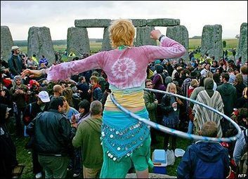 BBC NEWS | In Pictures | In pictures: Stonehenge solstice | Religion in the world | Scoop.it