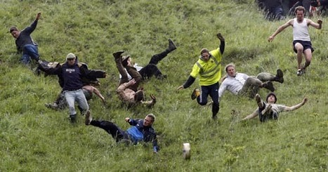 Cheese Rolling - Traditional Sports of the British Isles | Funny things for Crazy People | Scoop.it