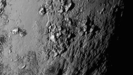 New Horizons: Images reveal ice mountains on Pluto - BBC News | Teaching science - esl learners | Scoop.it