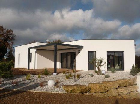 Une maison contemporaine fait rimer domotique et bioclimatique | eco-construction | Scoop.it