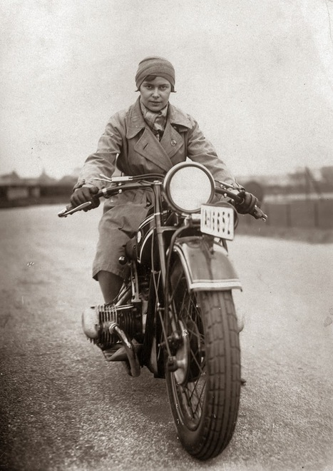 vintage everyday: Vintage Photographs of Women and Motorcycles | Look Twice for Motorcycles | Scoop.it