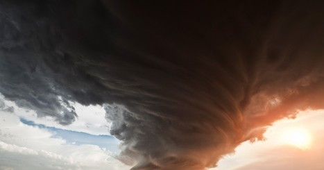 Storm Chasing with Camille Seaman – Killcool   Design   Scoop.it