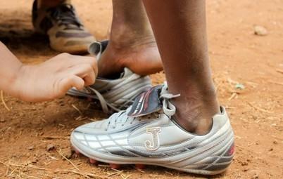 Da Roma a 'Nchiru. Il calcio popolare arriva in Kenya - OltremediaNews   MigrArti   Scoop.it
