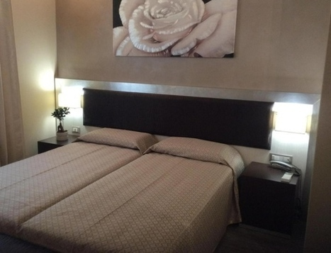 Novità in città: ecco l'albergo che si apre con il telefonino - Il Tirreno   All about #tourism   Scoop.it